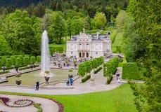 El palacio de Linderhof es un Schloss en Alemania, en Baviera del sudoeste Fotos de archivo