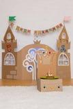 El palacio de los niños de la cartulina Imagen de archivo libre de regalías