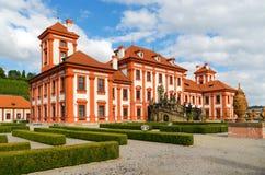 El palacio de Troja es un palacio barroco situado en Troja, República Checa de la ciudad del noroeste de Praga fotos de archivo