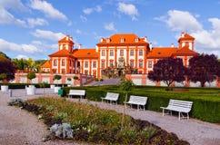 El palacio de Troja es un palacio barroco situado en Troja, República Checa de la ciudad del noroeste de Praga fotografía de archivo