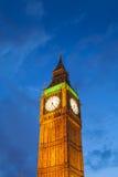 El palacio de Westminster Big Ben en la noche, Londres, Inglaterra, Reino Unido Fotos de archivo