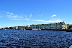 El palacio del invierno imagenes de archivo