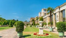 El palacio del naranjal en el parque de Sanssouci de Potsdam, Alemania imagen de archivo