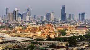 El palacio magnífico de Tailandia Foto de archivo libre de regalías