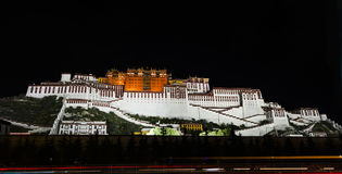 El palacio Potala en Lasa, Tíbet Fotografía de archivo libre de regalías