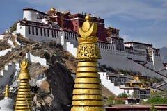 El palacio Potala en región autónoma de Lasa, Tíbet, China fotos de archivo libres de regalías