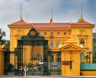 El palacio presidencial de Vietnam en Hanoi fotografía de archivo libre de regalías