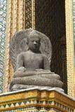 El palacio real y el templo magníficos de Emerald Buddha en Bangkok Imágenes de archivo libres de regalías