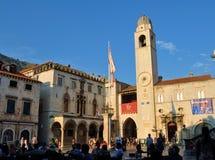 El palacio y el cuadrado fotografía de archivo libre de regalías