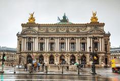 El Palais Garnier (teatro de la ópera nacional) en París, Francia Fotos de archivo