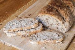 El pan hecho en casa rebanó Fotos de archivo