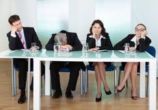 El panel agujereado de jueces o de entrevistadores Imagenes de archivo