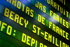 El panel de información ferroviario Imagen de archivo