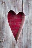 El panel de madera hecho a mano del corazón de la tarjeta del día de San Valentín del St Imagen de archivo libre de regalías