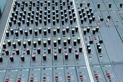 El panel del mezclador de sonidos Foto de archivo