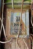 El panel eléctrico oxidado fotos de archivo