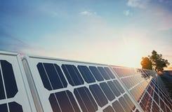 El panel solar en fondo del cielo Foto de archivo