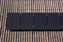 El panel solar en la azotea Fotografía de archivo libre de regalías