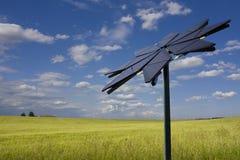 El panel solar formado flor Imagen de archivo