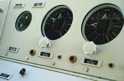 El panel submarino lleno de la velocidad a continuación imagen de archivo