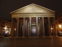 El panteón en la noche, Roma, Italia Imágenes de archivo libres de regalías