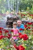 El papá con la hija Foto de archivo libre de regalías