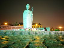 El papa en la noche Imagenes de archivo