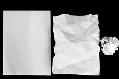 El papel claro se aísla en fondo negro Foto de archivo libre de regalías