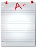 El papel gobernado ancho del cuaderno pagina tachuelas y el grado Foto de archivo libre de regalías