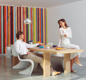 El par come el lll del desayuno junto Imagen de archivo