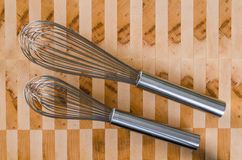 El par de alambre bate Foto de archivo libre de regalías