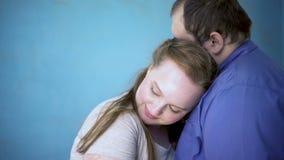 El par dulce que abraza, planificación familiar, sensaciones románticas, alma acopla el afecto almacen de video