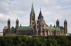 El parlamento canadiense en Ottawa Fotos de archivo libres de regalías