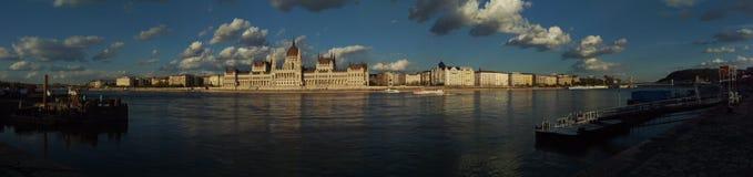 El parlamento de Budapest foto de archivo libre de regalías