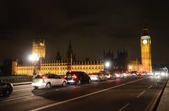 El parlamento de Londres en la noche Fotos de archivo libres de regalías