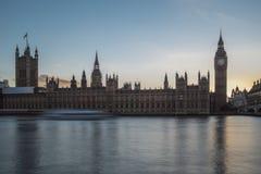 El parlamento en la puesta del sol Fotografía de archivo libre de regalías