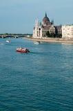 El parlamento y Danubio húngaros Imagenes de archivo