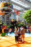 El parque de atracciones interior en la alameda de América Fotos de archivo