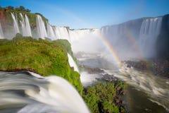 El parque nacional de las cataratas del Iguazú, Foz hace Iguazu, el Brasil fotos de archivo