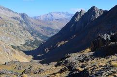 El parque natural de Posets-Maladeta en el macizo de Posets, ³ n, español los Pirineos de Aragà imágenes de archivo libres de regalías