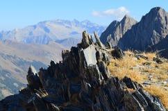 El parque natural de Posets-Maladeta en el macizo de Posets, ³ n, español los Pirineos de Aragà imagenes de archivo