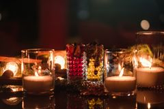 El partido del Año Nuevo bebe el fondo caliente acogedor Imagen de archivo