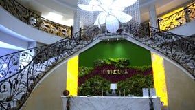 El pasillo de un hotel de cinco estrellas en Kranevo, Bulgaria almacen de metraje de vídeo