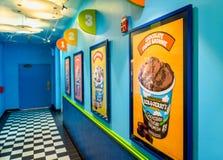 El pasillo en helado del ` s de Ben y de Jerry establece jefatura en VT LOS E.E.U.U. de Waterbury Imágenes de archivo libres de regalías