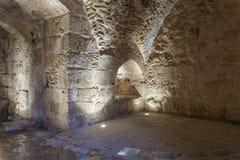 El pasillo interno en el castillo de Ajloun, también conocido como Qalat AR-Rabad, es un castillo musulmán del siglo XII situado  fotografía de archivo