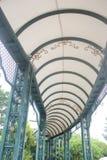 El pasillo largo del arco blanco Foto de archivo libre de regalías