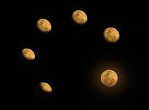 El paso de progresión de la Luna Llena Imagen de archivo
