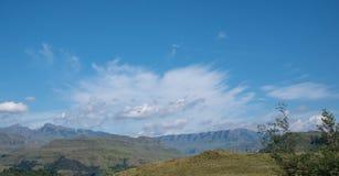 El paso de Sani, paso de monta?a muy alta que conecta Sur?frica con Lesotho imagen de archivo libre de regalías