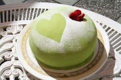 El pastel del mazapán con subió Imagen de archivo libre de regalías