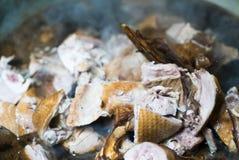 El pato guisó con salsa en el pote inoxidable caliente listo para hace un sacrificio a dioses en día de año nuevo chino Fotografía de archivo libre de regalías